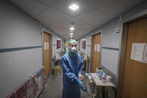 Кількість смертей від коронавірусу в Іспанії зростає другий день поспіль