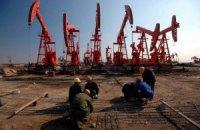 Цена на нефть стран ОПЕК упала до 14-месячного минимума