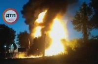 У Київській області згоріла АЗС, заправника госпіталізували в критичному стані