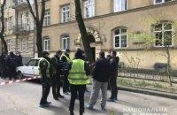 Во Львове во время вооруженного нападения застрелили человека