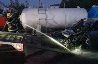 На Київщині сталася аварія на автозаправці, загинула людина