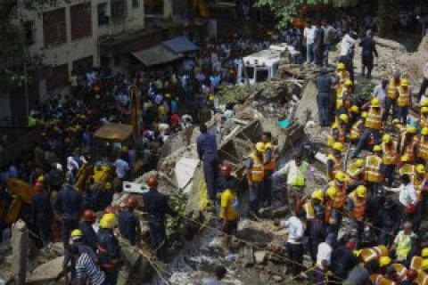 У Мумбаї обвалився будинок: 9 загиблих, близько 20 осіб - під завалами