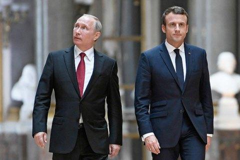 Макрон закликав Путіна тиснути наДамаск, щоб зупинити ескалацію вСирії