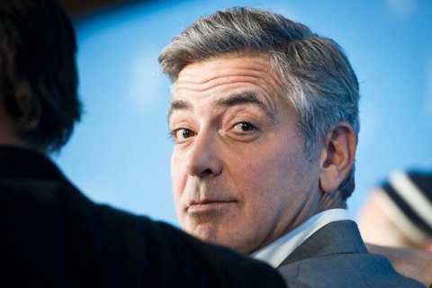 "Джордж Клуни снимет сериал по ""Уловке-22"""