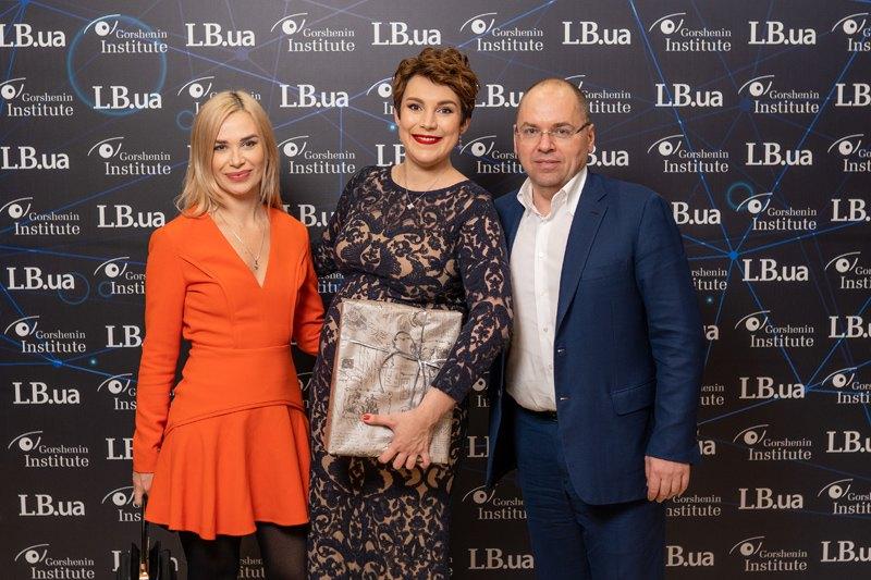 Глава одесской ОГА Максим Степанов, Соня Кошкина и Юлия Чудновец