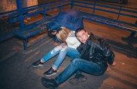 В Киеве пьяная компания ограбила пострадавший в ДТП автомобиль и устроила драку с полицией