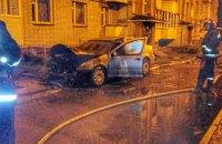 Во Львове ночью сгорели два автомобиля главы Брюховецкого сельсовета