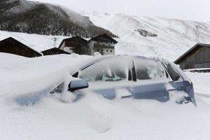 Апрельский снегопад оставил без электричества более 100 тысяч поляков