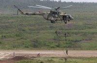 В оккупированном Крыму РФ отрабатывает высадку десанта с вертолетов