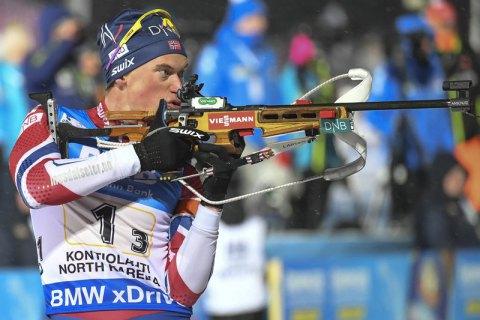 Норвезькі біатлоністи посіли перші два місця в спринті на етапі Кубка світу в Холменколлені