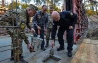 Турчинов заклав символічну капсулу на будівництві нової штаб-квартири зовнішньої розвідки