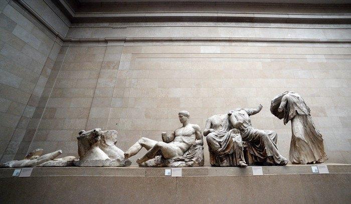"""Скульптуры из коллекции """"Парфенонского мрамора"""" в Британском музее"""