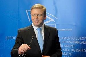 Фюле требует объяснить ситуацию с избиением Тимошенко