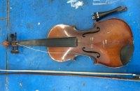 Болгарин пытался вывезти из Украины скрипку Stradivarius, которой 333 года
