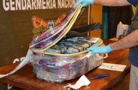 В российском посольстве в Аргентине нашли 389 килограммов кокаина