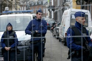 У Брюсселі після затримання підозрюваного в паризьких терактах прогриміли два вибухи