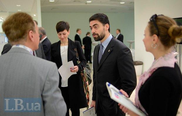 Богдан Андрющенко, замглавы секретариата комитета ВР по иностранным делам