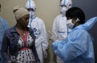 Китай одобрил новую вакцину против вируса Эбола