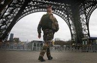Власти Франции мобилизируют 12,5 тыс. резервистов для патрулирования улиц