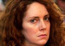 В Британии скандал вокруг незаконной прослушки перерос в аресты