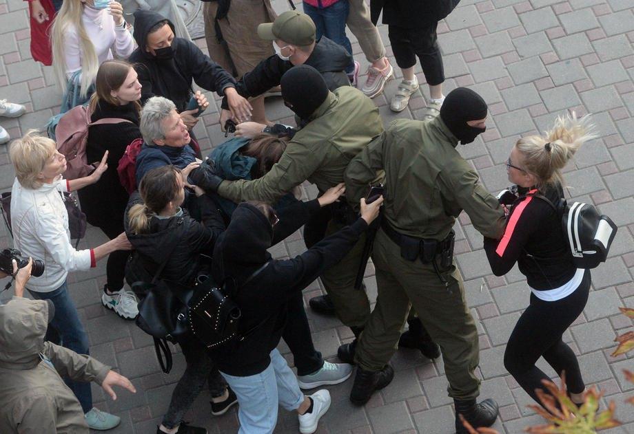 Затримання під час акції на підтримку Марії Колеснікової в Мінську, 09 вересня 2020 р.