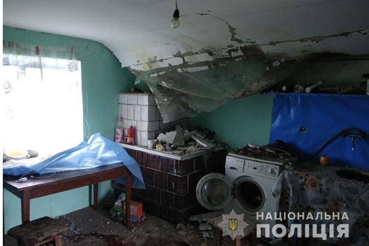 Кульова блискавка вибухнула в житловому будинку в Тернопільській області