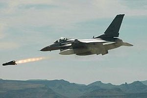 Лівійська авіація завдала ударів по позиціях ісламістів у Триполі