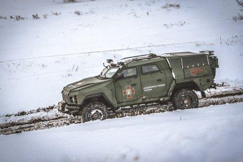 """Нацгвардия испытала новый бронеавтомобиль """"Варта-Новатор"""""""