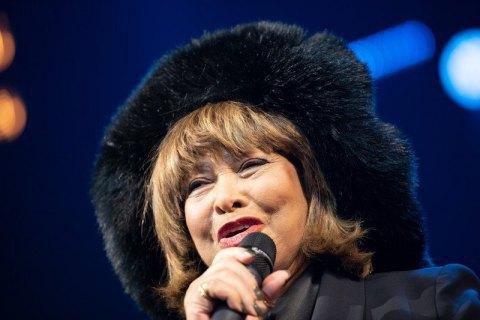 Тина Тернер продала права на свои песни компании BMG