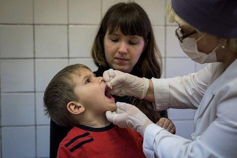 Україна вирішила відмовитися від тривалентної вакцини проти поліомієліту