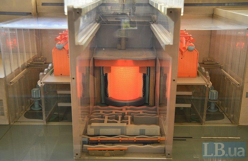 Реактор 4-го энергоблока на макете
