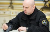 Россия укрепляет военную инфраструктуру на границе с Украиной, - Турчинов