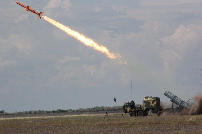 Мобільний комплекс крилатих ракет «Нептун»