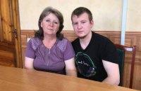 Мать российского военного Агеева пустили к сыну