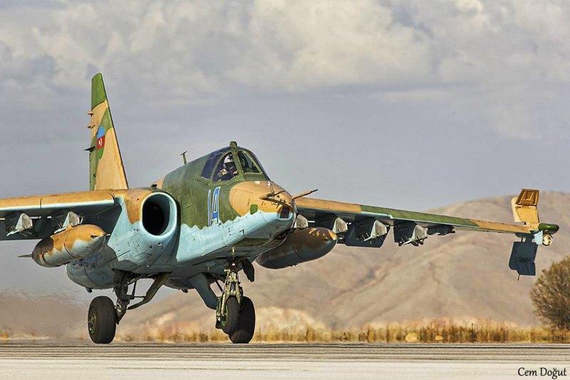 Su-25 повітряних сил Азербайджану на авіабазі базі Конья, Туреччина