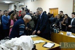 У київській міліції не помітили ні газу, ні молодчиків в окрузі 223