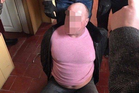 Голову сільради на Київщині затримали на хабарі €250 тисяч (оновлено)