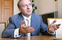 Лавринович считает незаконным решения суда по выборам на дому и спискам избирателей