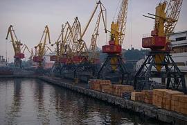 """Одесских портовиков """"нагибают"""" платить в киевский """"общак""""?"""