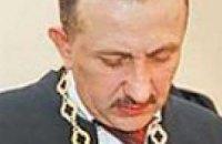 Экс-судья Зварыч подал на Ющенко в суд