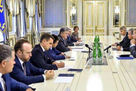 Порошенко зустрівся з першим заступником голови МВФ