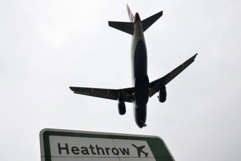 Лондонский аэропорт Хитроу отменил более 170 рейсов из-за забастовки работников