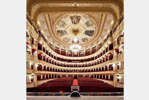 Зал Одесского оперного театра