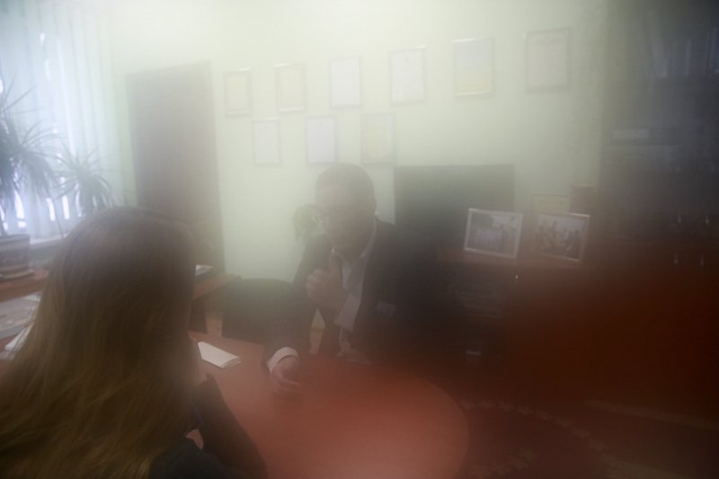 Председатель комитета самоуправления Саша больше всего мечтает найти родителей и уехать жить в Израиль