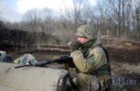 Военный погиб, трое ранены с начала суток на Донбассе