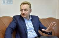 Мер Львова Садовий попросив поліцію перевірити причетність депутата до нападів активістів