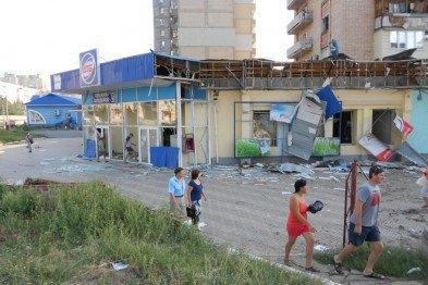 Жителі окупованого Докучаєвська вийшли на мітинг проти обстрілів
