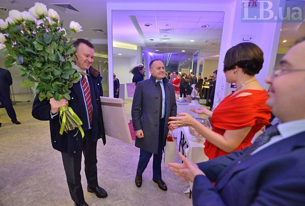 Слева направо: Виталий Бутенко, Максим Тимченко, Соня Кошкина и Олег Базар