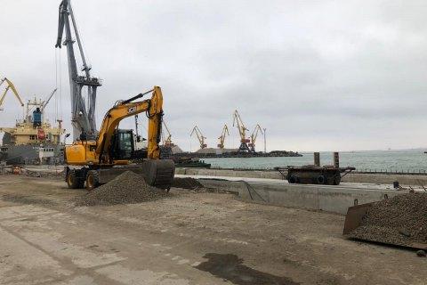 Генпрокуратура и СБУ проводят обыски в Одесском морпорту
