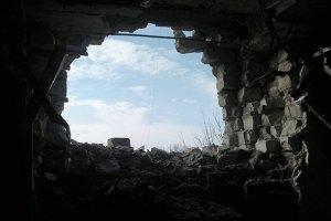 Уночі під обстріл потрапили Авдіївка та Курахове